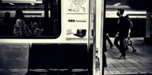 地下鉄の風景
