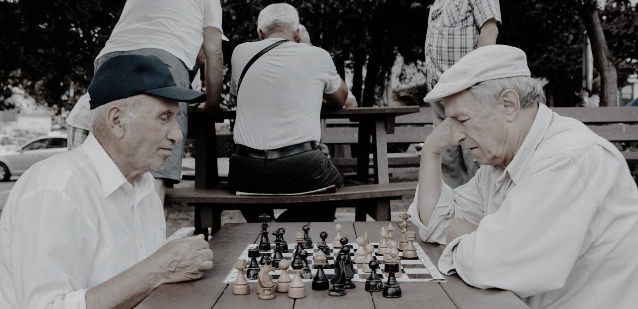 高齢者のチェス